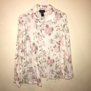 Light long sleeve button up